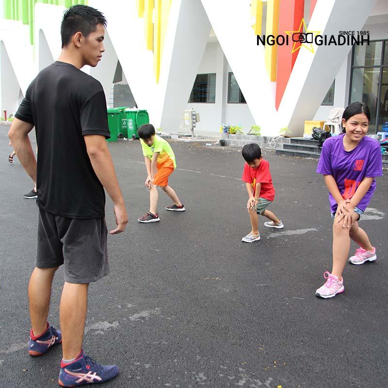 Vận động thể chất tăng chiều cao cho bé