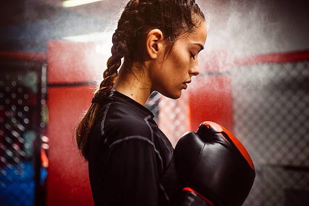 Hình truyền động lực boxing nữ