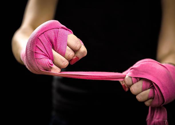 Hình boxing nữ bằng tay